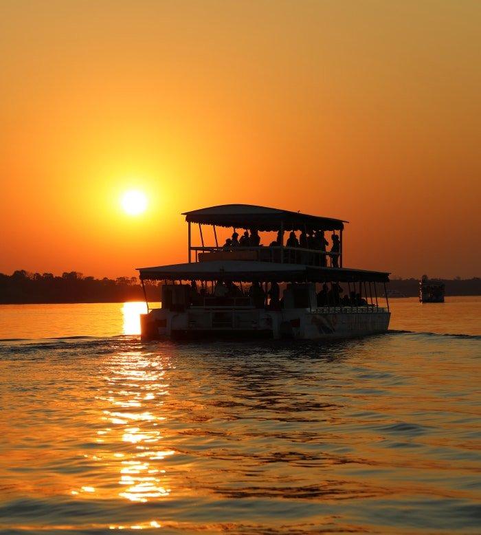 Boat Safaris along the South Luangwa River 2