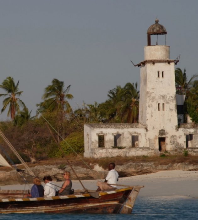 Sailing on a Traditional Dhow 12