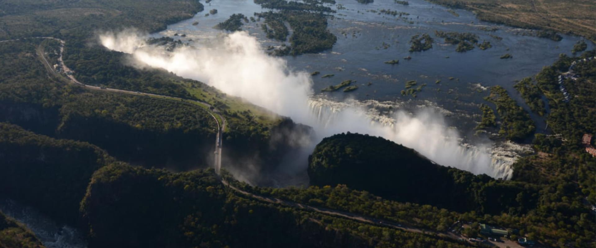 Stand in awe at the thunderous Victoria Falls