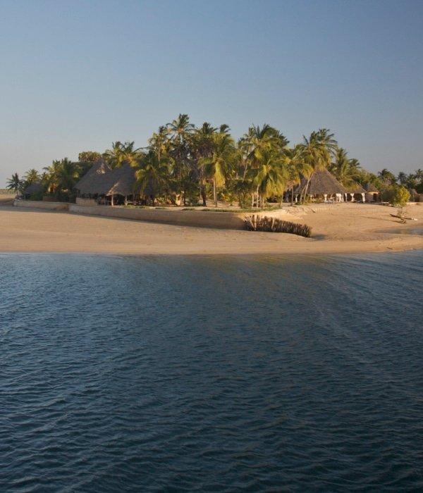 Manda Bay 5