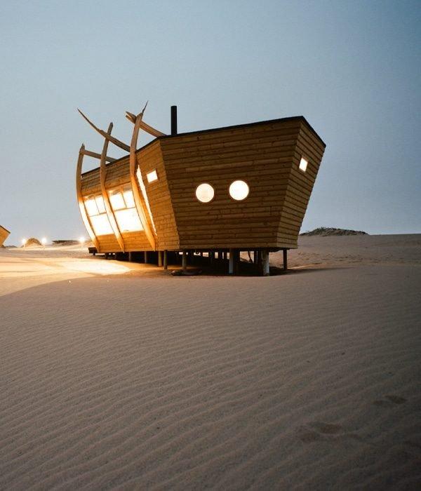 Shipwreck Lodge 4